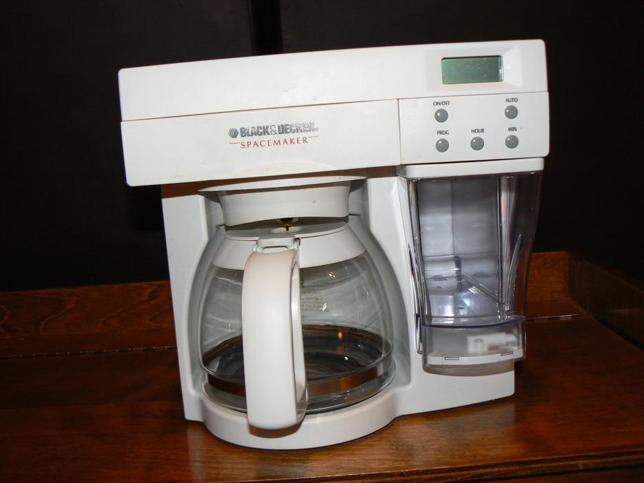 12 Cup Space Saver Coffee Maker West Regina, Regina