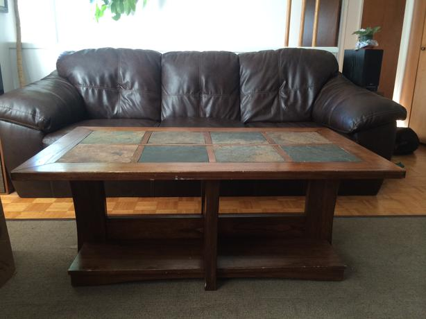 Coffee table and 2 matching end tables victoria city victoria Matching coffee table and end tables
