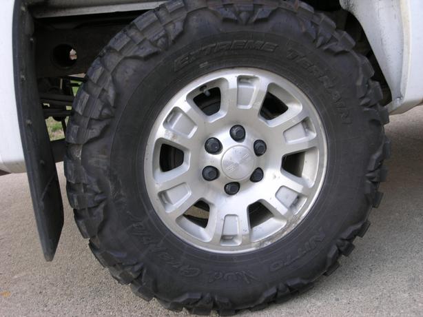 "Used Tires Oshawa >> 2010 GMC Sierra Silverado Rims and Nitto 33"" Tires! West ..."