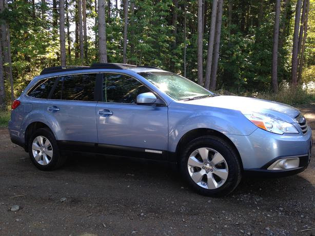 2010 subaru outback limited comox courtenay comox. Black Bedroom Furniture Sets. Home Design Ideas