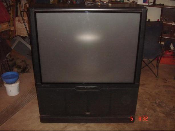 "42"" RCA Rear Projection TV"