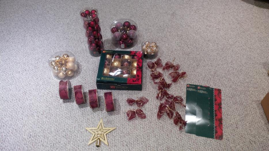 Burgundy and gold christmas tree decorations west regina