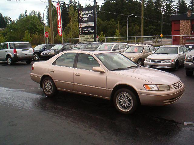 1997 toyota camry 4 cylinder automatic central nanaimo. Black Bedroom Furniture Sets. Home Design Ideas