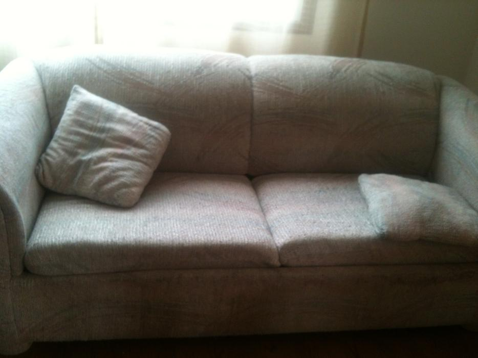 Free sofa bed victoria city victoria for Sofa bed victoria