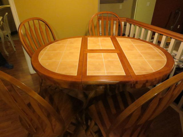 Solid Oak Tile Top Kitchen Table With 4 Chairs Saanich Victoria