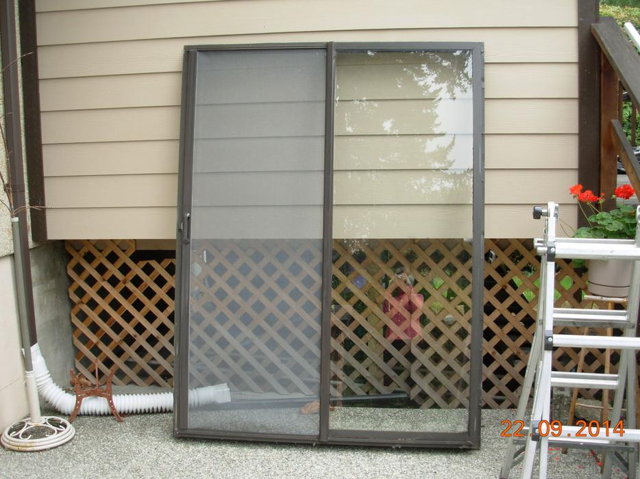 Aluminum Frame Sliding Glass Patio Door W Phantom Screen