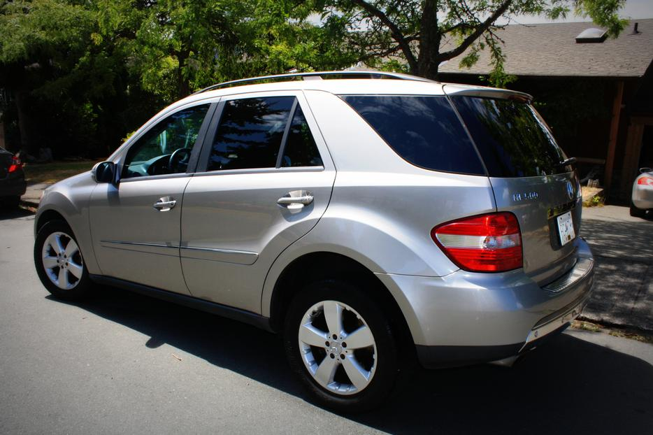 2006 mercedes benz ml500 luxury suv excellent condition. Black Bedroom Furniture Sets. Home Design Ideas