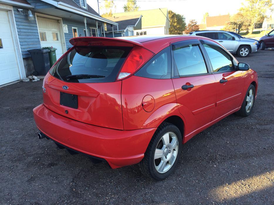 focus 2007 ford hatchback ses