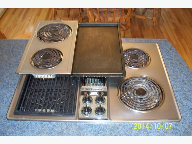 cooktop jenn air 30 39 39 plaque chauf stainless steel masson angers sector quebec ottawa. Black Bedroom Furniture Sets. Home Design Ideas