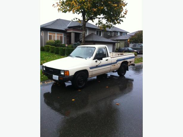 1986 toyota pick up price obo west shore langford colwood. Black Bedroom Furniture Sets. Home Design Ideas