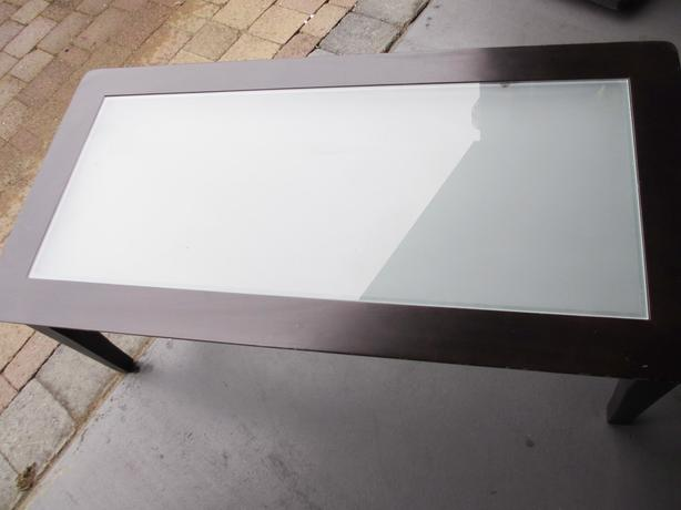 Coffee Table With Frosted Glass Center 40 Obo Saanich Victoria