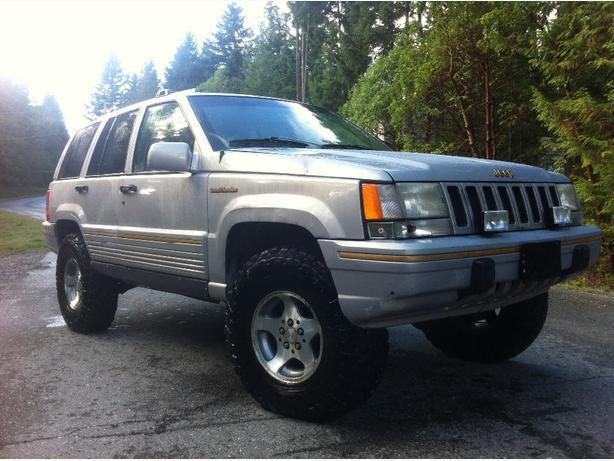 94 Lifted Jeep Grand Cherokee Outside Nanaimo  Nanaimo