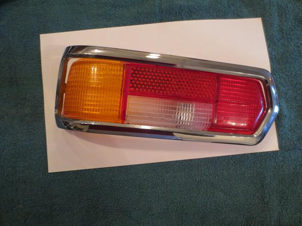 1967 72 mercedes benz 280se w108 left tail light lens