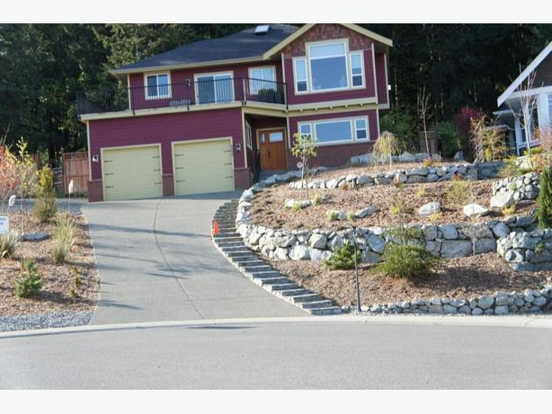 Maple bay 4 bedroom 3 bath house for rent maple bay cowichan Master bedroom for rent guelph