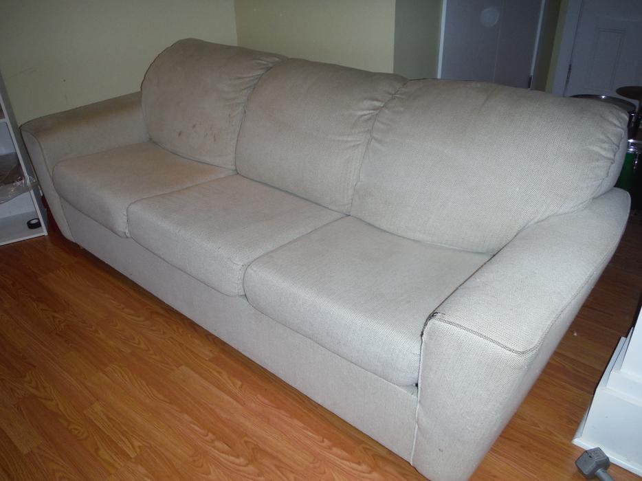 Queen sized sofa bed oak bay victoria mobile for Sofa bed victoria bc