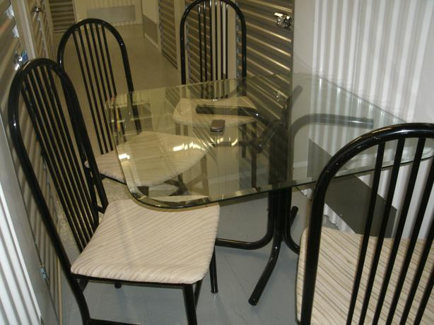 glass top kitchen table and 4 chairs saanich