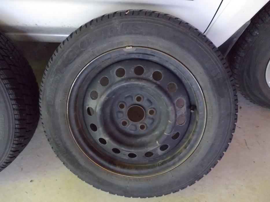 Tires North Vancouver >> 185/65R15 Toyo Winter Tires + Rims (Toyota Corolla) Saanich, Victoria