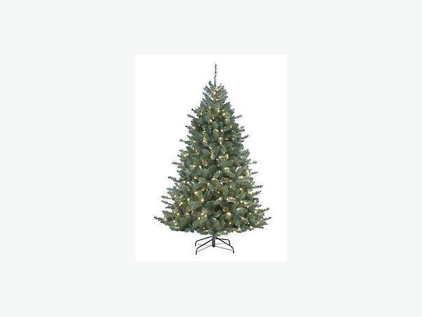 7' Noma Pre-lit Christmas Tree Victoria City, Victoria