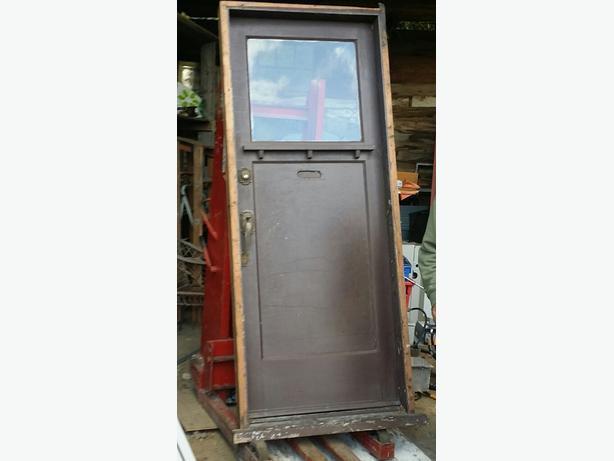exterior door w frame complete 32 x 80 malahat including shawnigan lake mill bay victoria