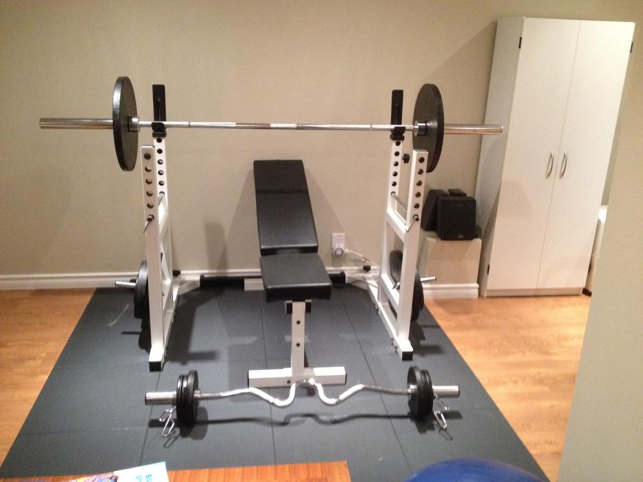 York Pro Series Squat Rack Bench Press Eze Curl Bar And