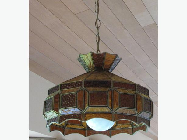 Tiffany Style Chandelier 12 Sided Dimensional V Groove