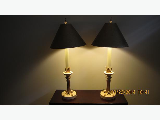 Pair Of High Quality Table Lamps Duncan Cowichan