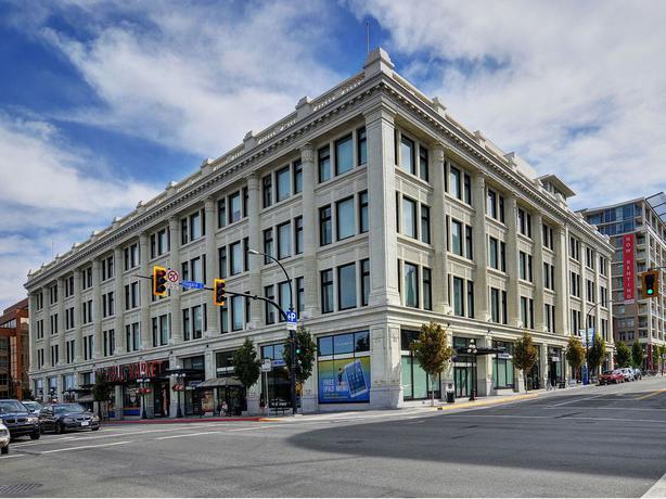 306 770 Fisgard St Available Immediately Downtown