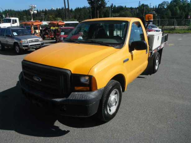 2006 ford f 250 sd xl 2wd flatdeck outside nanaimo nanaimo. Black Bedroom Furniture Sets. Home Design Ideas