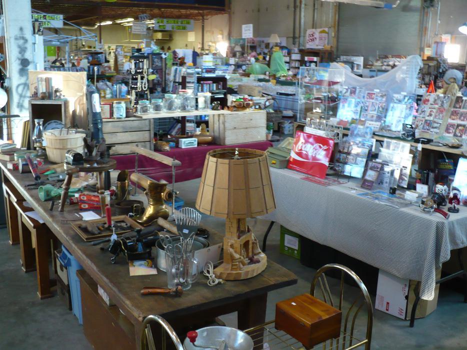 Oliver Indoor Flea Market open every weekend year round ...
