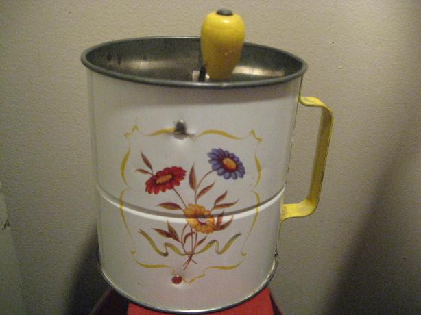 Vintage Flour Sifter Sifters Antiques US