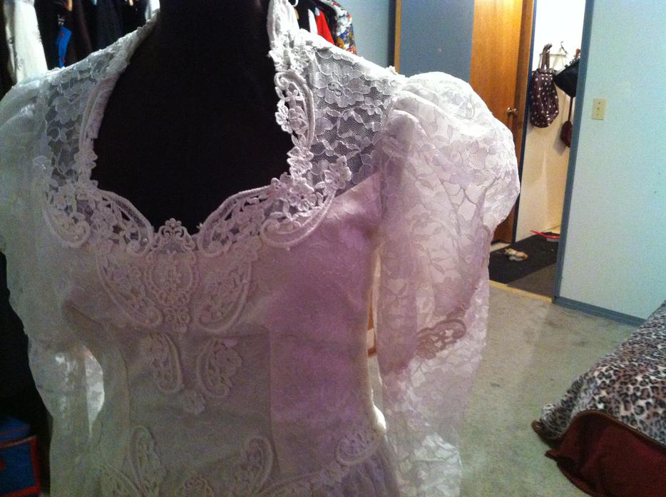 Wedding dress sooke victoria mobile for Used wedding dresses victoria bc
