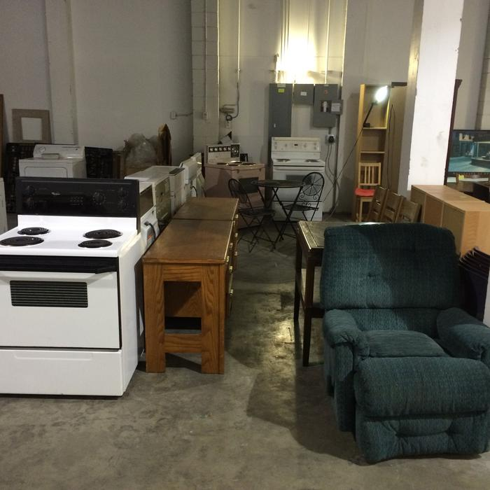 Warehouse full of used furniture saanich victoria mobile for Consignment furniture clearwater