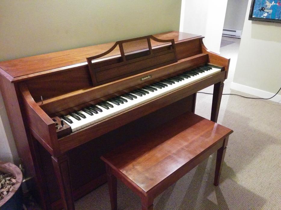 Free Baldwin Electric Piano Oak Bay Victoria