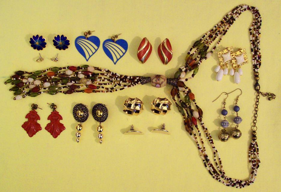 Vintage lot 50 pcs gold designer jewelry gp sterling for Vancouver island jewelry designers