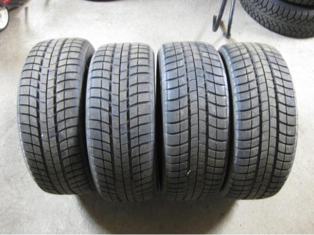 [4] - 225/55/16 - Michelin Pilot Alpin Tires