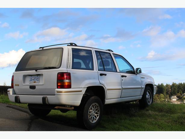 1993 jeep grand cherokee limited 4x4 straight 6 1 400 obo west shore langford colwood. Black Bedroom Furniture Sets. Home Design Ideas