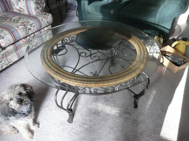 Glass wrought iron coffee table cobble hill cowichan for Round wrought iron and glass coffee table