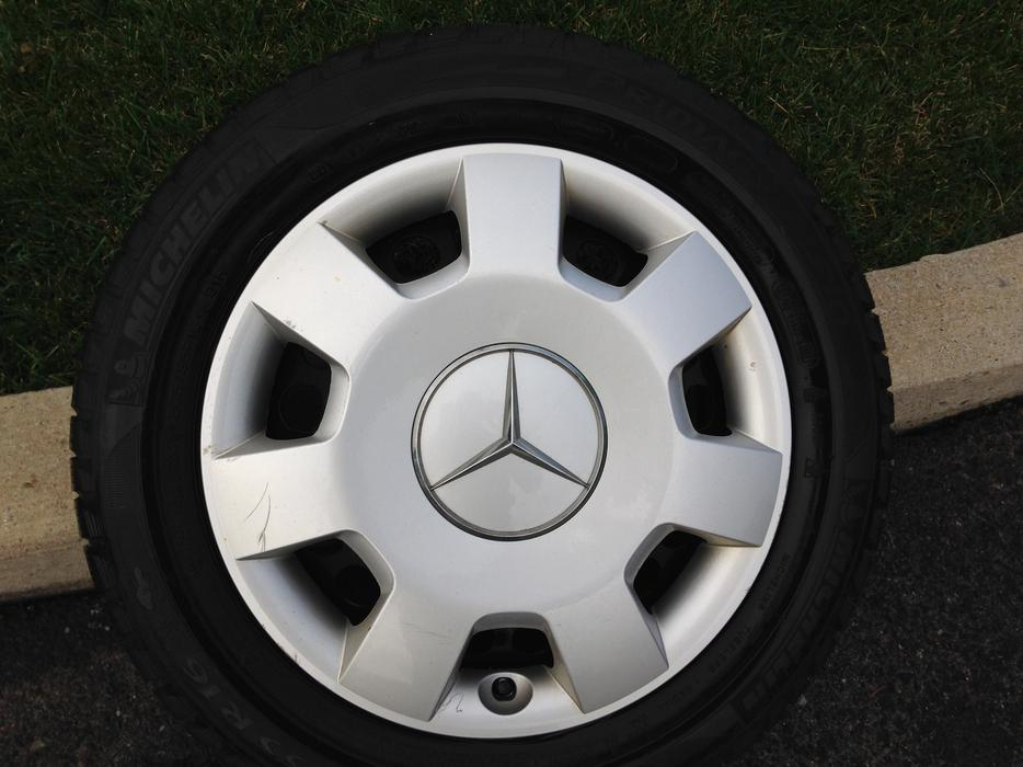 Winter tires and rims fit mercedes b200 hull sector for Mercedes benz winter tires