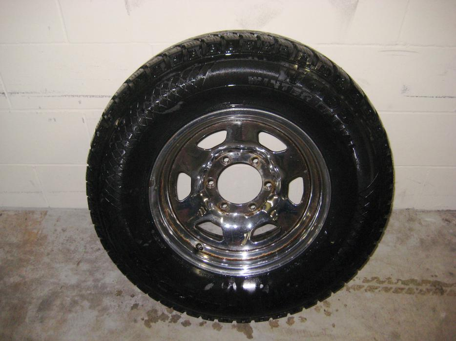 Used Tires Oshawa >> 4 Winter Tires with Rims 235 / 75 R15 Outside Metro ...
