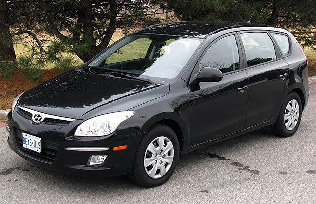 2009 hyundai elantra touring with 3 more years on warranty. Black Bedroom Furniture Sets. Home Design Ideas