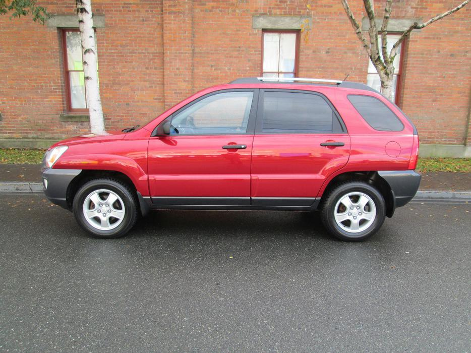 2006 kia sportage lx local vehicle victoria city. Black Bedroom Furniture Sets. Home Design Ideas