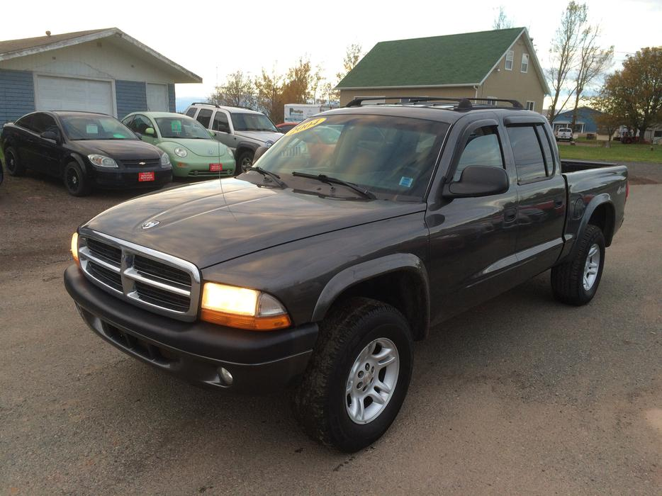 2004 dodge dakota sport 4wd dvd 4 7 v8 crew cab summerside. Black Bedroom Furniture Sets. Home Design Ideas