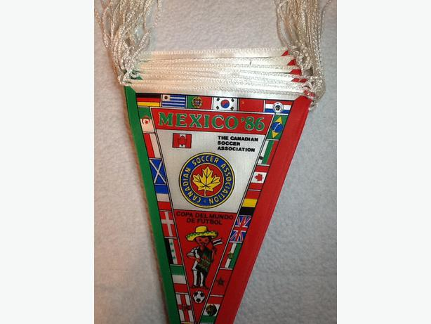 Complete World Cup Soccer 1986 Pennants set