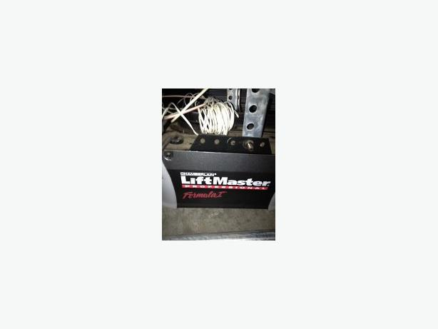 Used 10x7 electric garage door nanoose bay parksville for 10x7 garage door