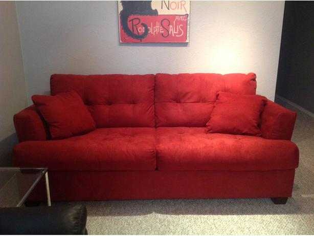 Ashley furniture pull out sofa bed weyburn regina for Sofa bed ashley furniture