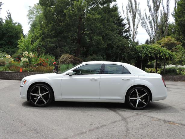 2014 Chrysler 300 Touring On 22 Dubs Vancouver City