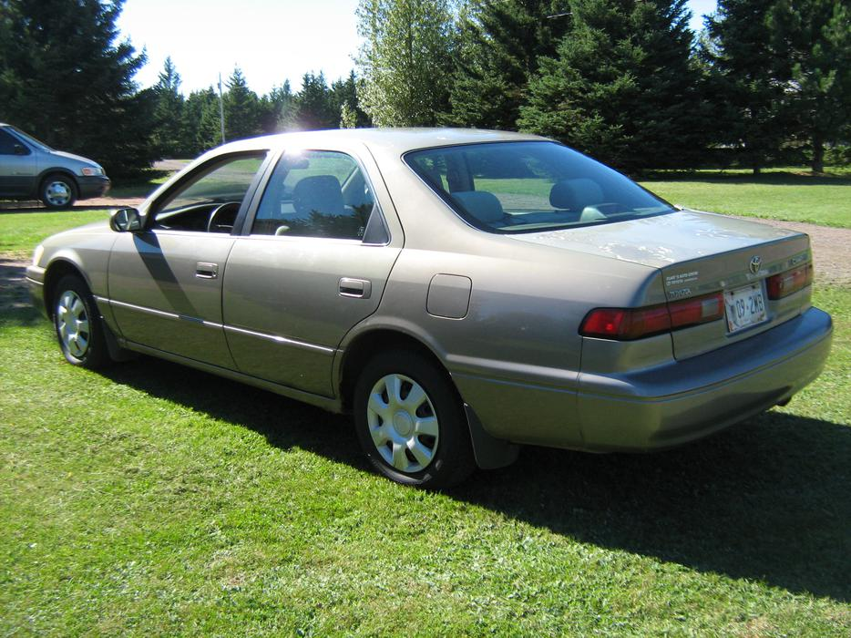 1999 Toyota Camry In Great Shape Lady Owned New
