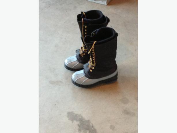 white caulk boots duncan cowichan