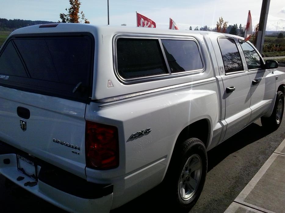 2011 Dodge Dakota Sxt 4x4 With Canopy Courtenay  Comox