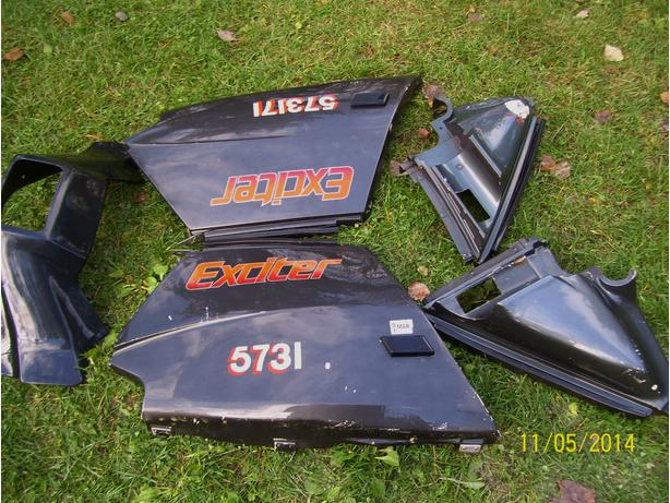 Yamaha Exciter body panels side panels headlight shroud front panels